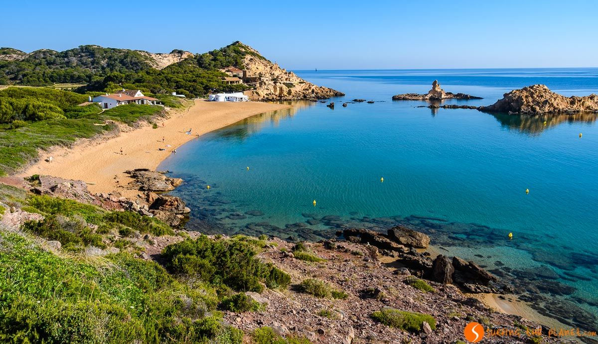 Sin gente, Cala Pregonda, Menorca, España | Las mejores playas de Menorca