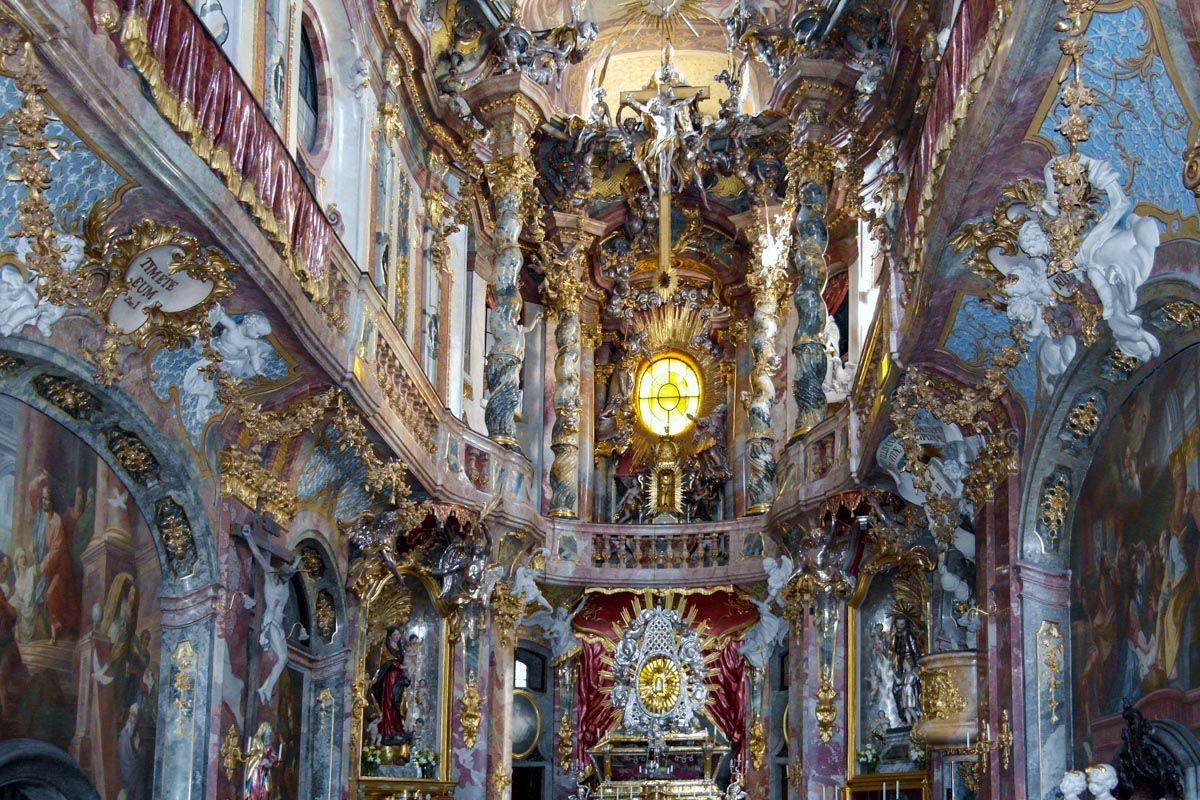 Iglesia Asam, Múnich, Alemania