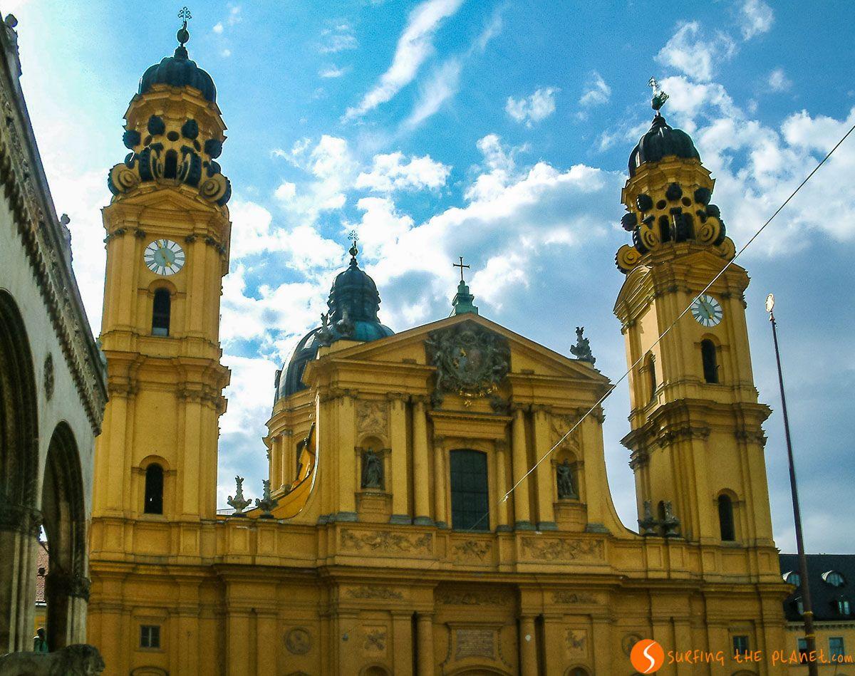 Iglesia de los Teatinos, Múnich, Alemania