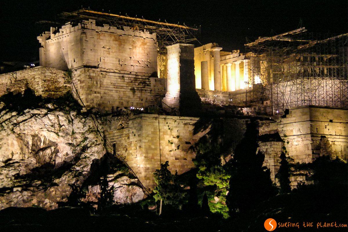 Luces nocturnas, La Acrópolis, Atenas, Grecia   Qué visitar en Atenas
