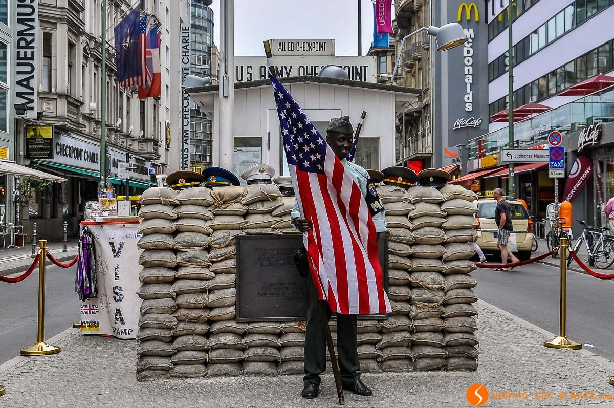 Checkpoint Charlie, Berlín, Alemania | Qué ver y hacer en Berlín