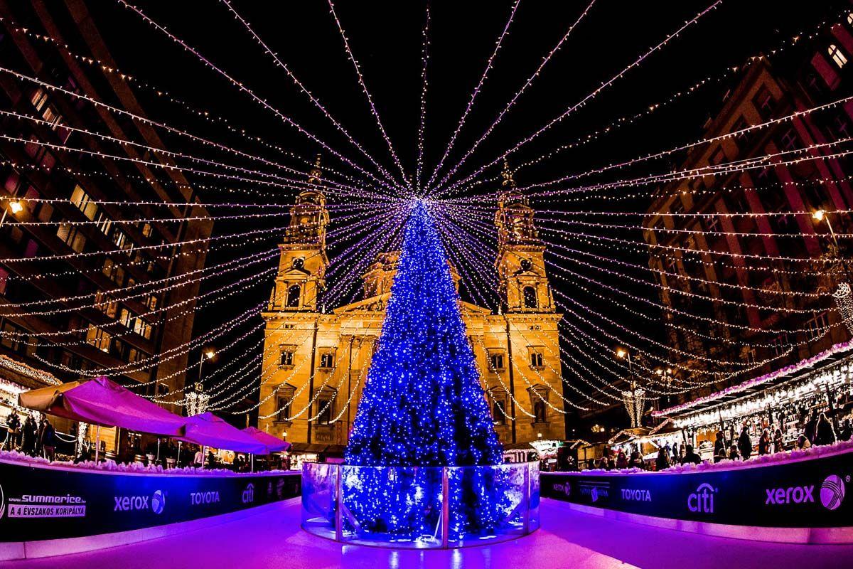 Mercadillo navideño, Budapest, Hungría