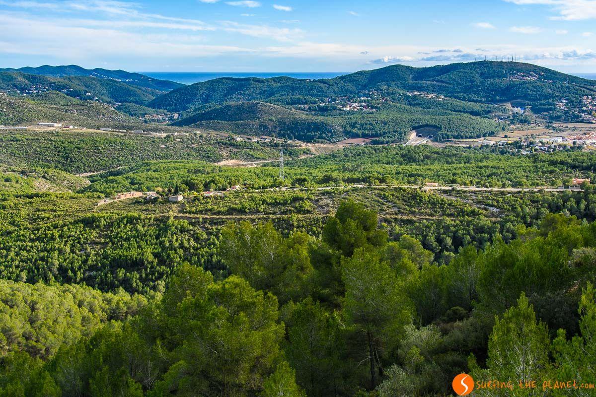 Vistas desde el Castillo de Olèrdola, El Penedès, Cataluña, España | Qué hacer en el Penedès