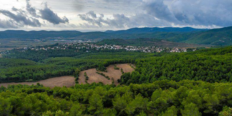 Vistas desde el Santuario de Santa Maria del Foix, El Penedès, Cataluña, España