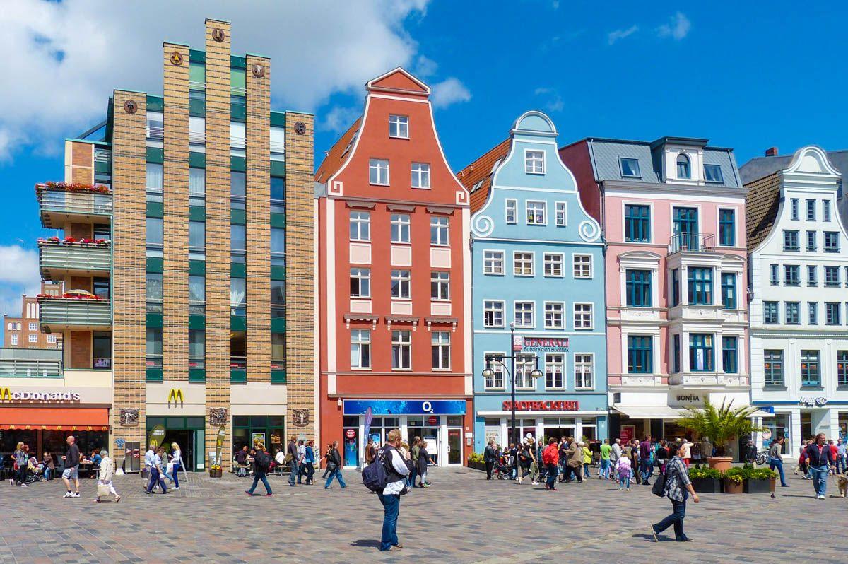 Casas coloridas, Rostock, Alemania | 10 Excursiones cerca de Berlín