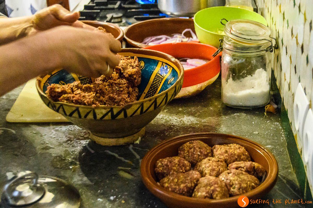 Preparación de la cena, Dar Seffarine, Fez, Marruecos | Dónde alojarse en Fez