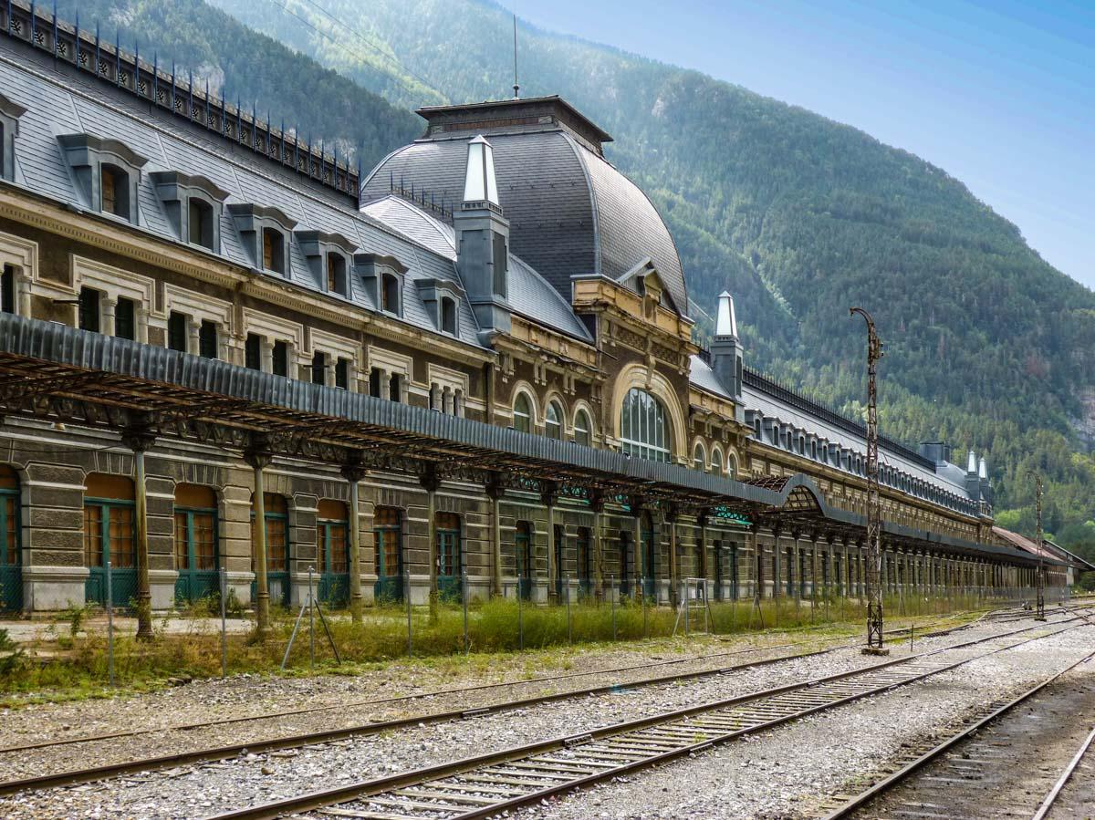 Estación, Canfranc, Huesca, Aragón |Qué ver y hacer en la Provincia de Huesca