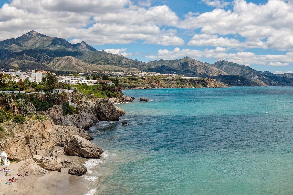 Acantilados de Maro, Nerja, Málaga, Andalucía |100 cosas que hacer en Andalucía