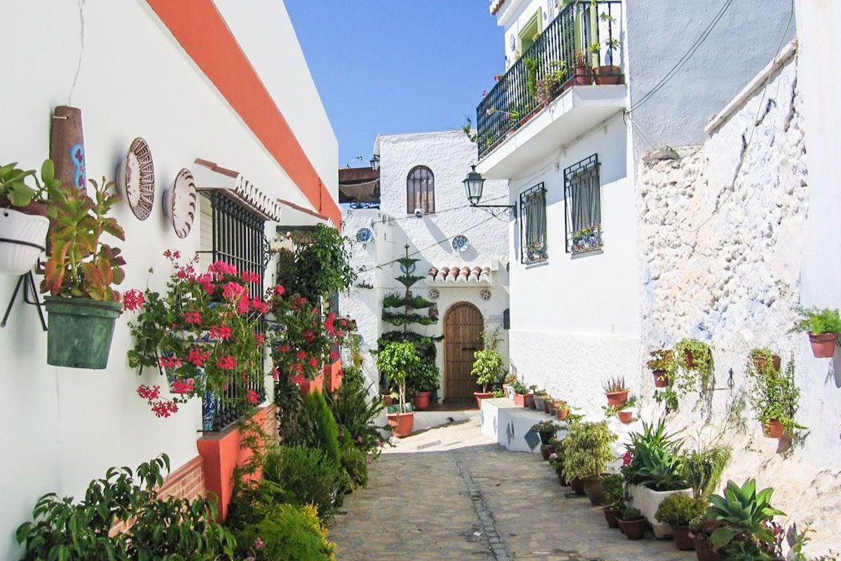 Calle típica, Alpujarra Granadina, Granada, Andalucía | Los 50 pueblos más bonitos de Granada