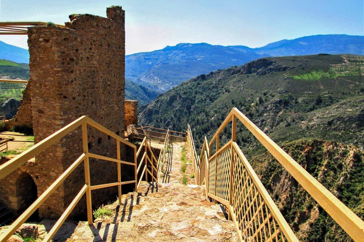 Castillo de Lanjarón, Granada, Andalucía |Los 50 pueblos más bonitos de Granada