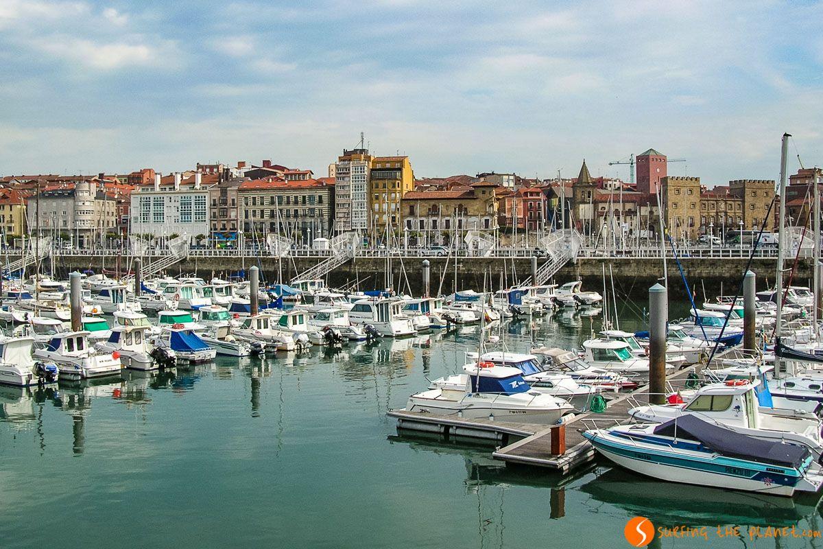 Puerto Deportivo, Gijón, Asturias   Free tour de Gijón