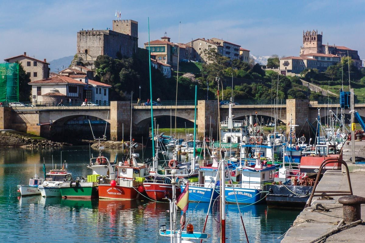 Puerto de San Vicente de la Barquera, Cantabria