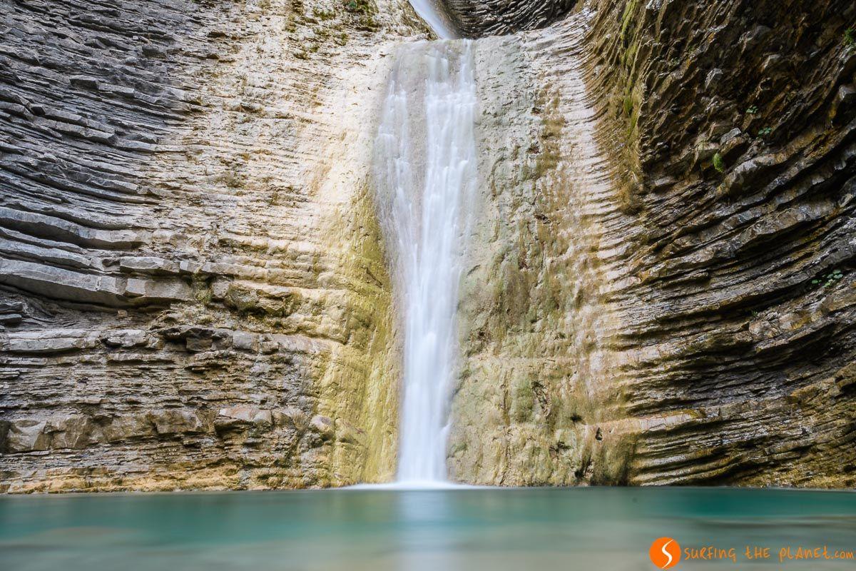 Cascada de Orós Bajo, Valle de Tena, Huesca, Aragón   Qué visitar en la provincia de Huesca