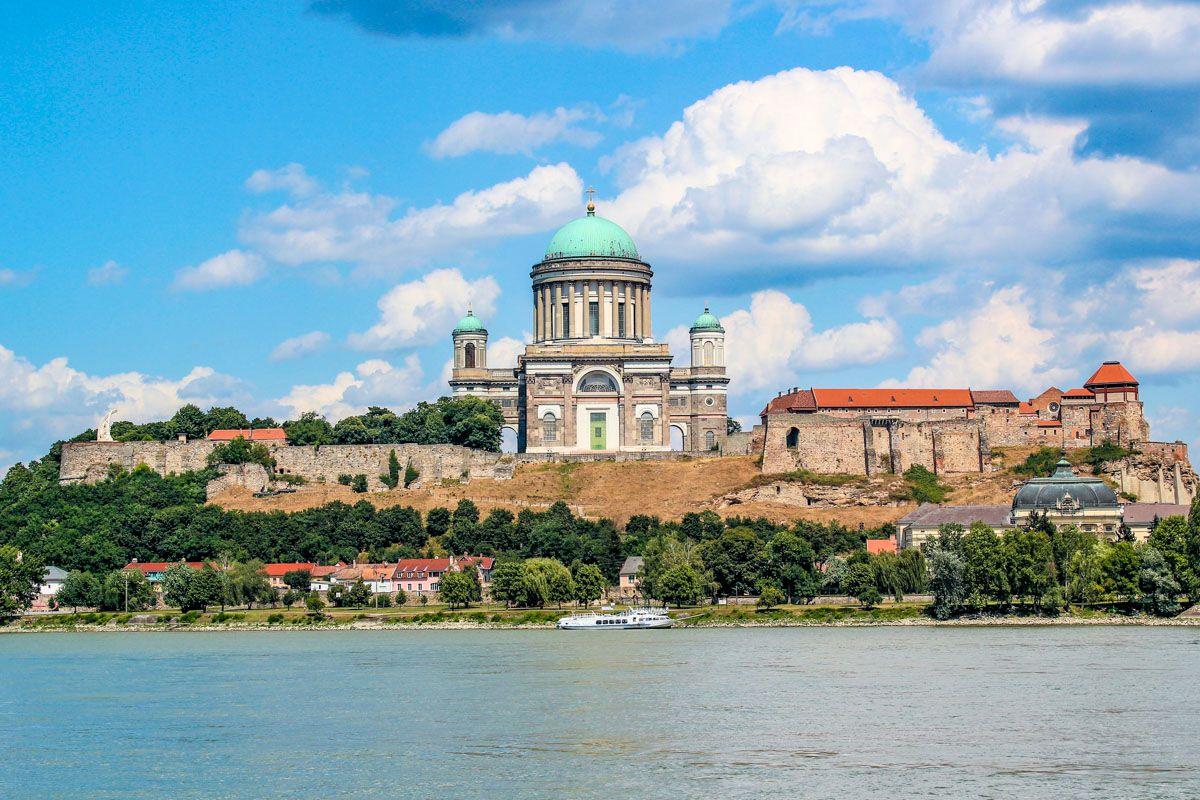 Catedral de Esztergom, Danubio, Hungría