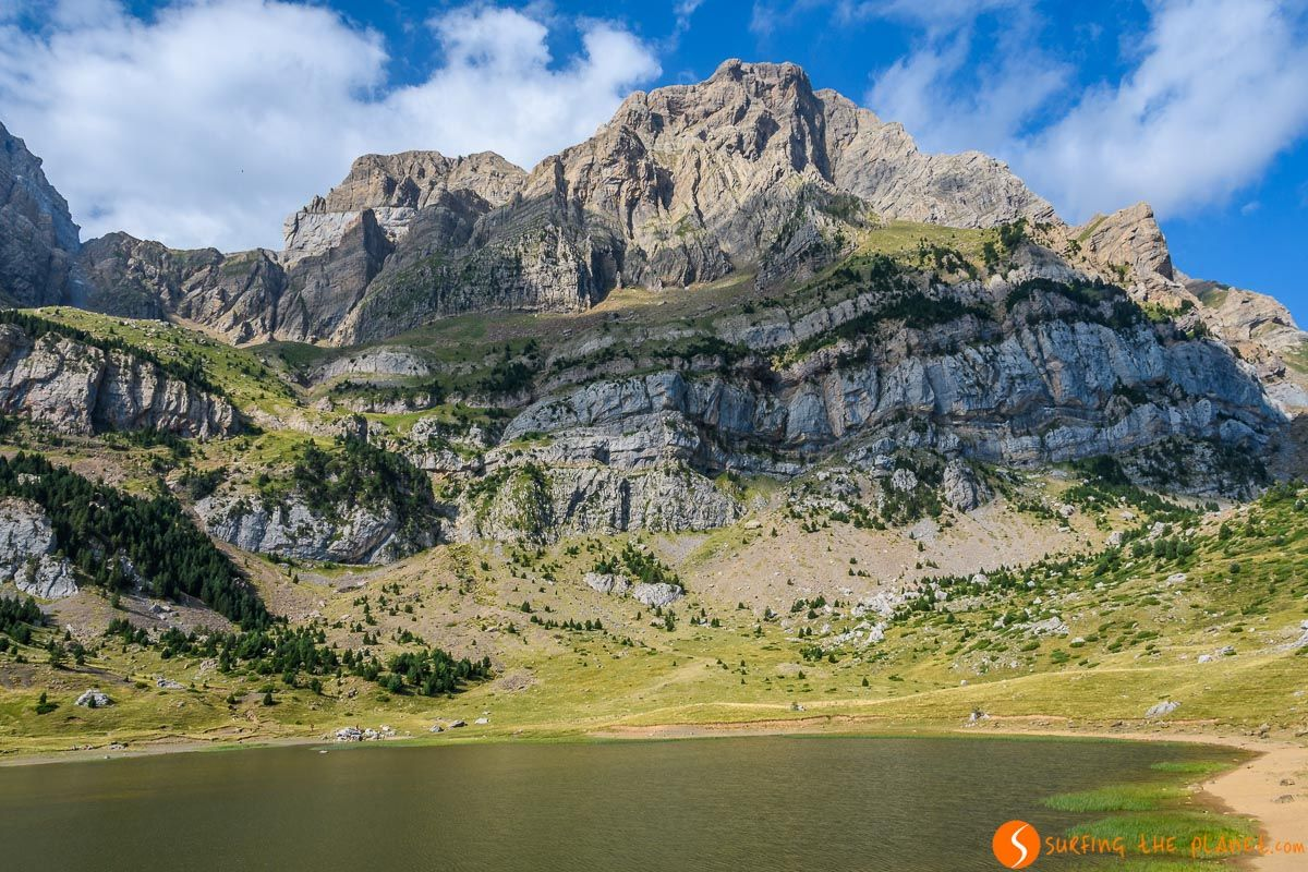 Ibón de Piedrafita, Valle de Tena, Huesca, Aragón  Qué ver en Huesca Provincia